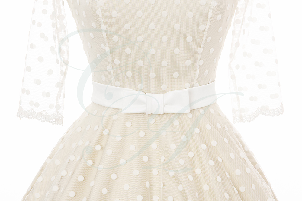 Bow Belt on Polkadot overlay