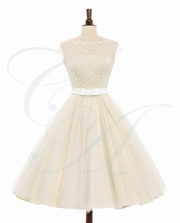bridal 899 web 350x435 - An Enticing Combination (Cream)