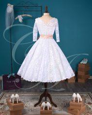 An English Elegance (Cream/White)